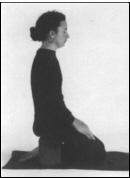 posture_womanonstool